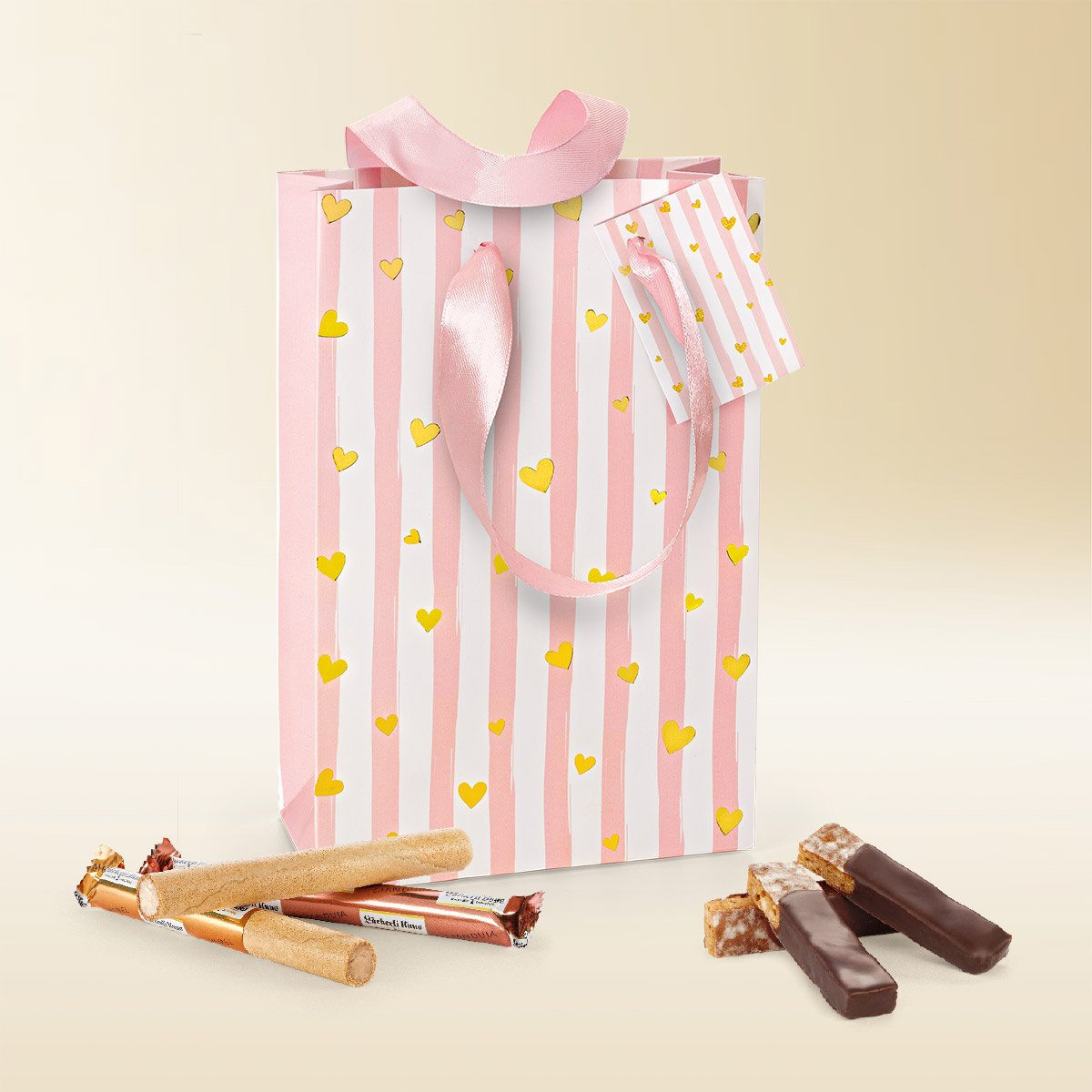 Gold heart gift bag 210g