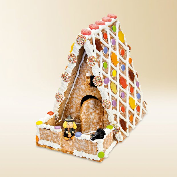 Gingerbread house made of Basler Läckerli Original 1165g