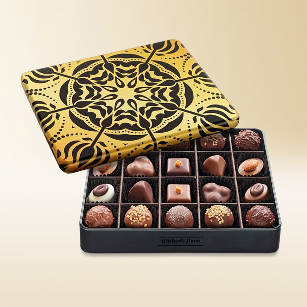 Les Pralinés Assortis in an exclusive tin 225g